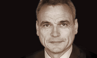 Robert Benzie